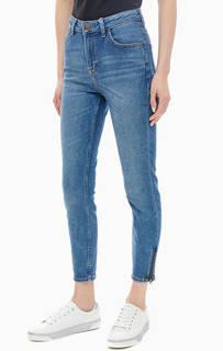 Категория: Женские зауженные джинсы Lee