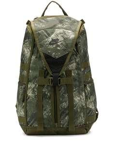 Nike рюкзак с камуфляжным принтом