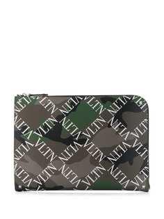 Valentino камуфляжный клатч в клетку с логотипом