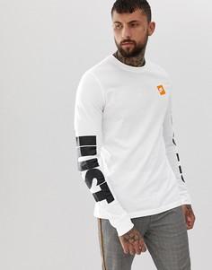 1aaf04ec Мужские лонгсливы белые Nike – купить лонгслив в интернет-магазине ...