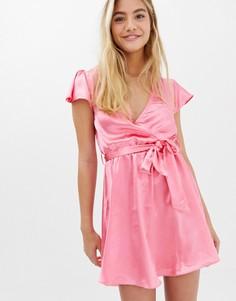 Атласное платье с запахом Glamorous - Розовый