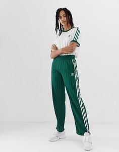 Зеленые спортивные штаны adidas Originals - Зеленый