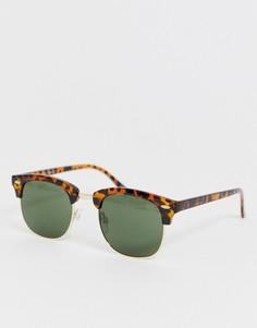 Черепаховые солнцезащитные очки в стиле ретро Selected Homme eco friendly - Коричневый