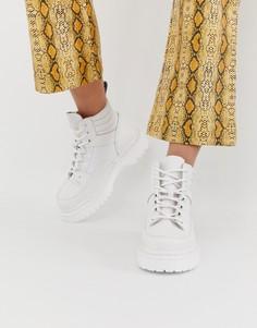 Белые кожаные ботинки на плоской подошве Dr Martens Zuma - Белый