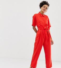 Красный комбинезон с короткими рукавами и поясом Monki - Красный