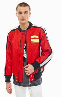 Красная куртка бомбер с нашивками Diesel