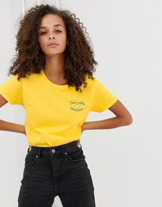 Свободная футболка с принтом лимонада Daisy Street - Желтый