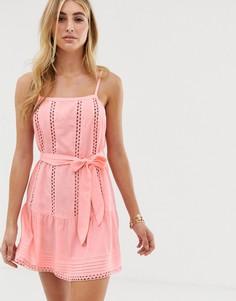 Розовое пляжное платье с поясом River Island - Розовый