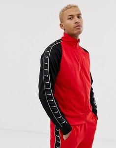 Красная куртка Nike - Красный