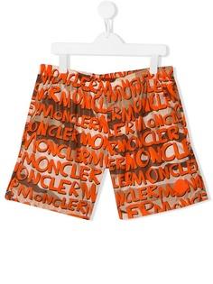 Moncler Kids плавки-шорты с принтом граффити