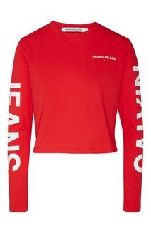 Красный лонгслив с логотипами Calvin Klein