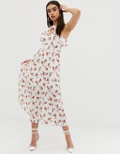 Платье миди с плиссировкой и цветочным принтом Fashion Union - Белый