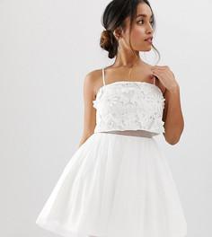 Платье мини с кроп-топом и цветочной 3D-отделкой ASOS DESIGN Petite - Белый