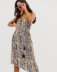 Серое пляжное платье миди с асимметричным краем и змеиным принтом River Island - Мульти