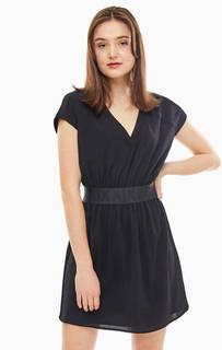 Короткое черное платье с треугольным вырезом Armani Exchange