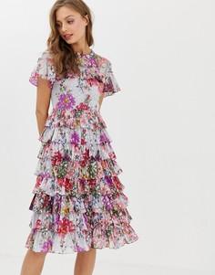 Платье миди с цветочным принтом и оборками Needle & Thread - Синий