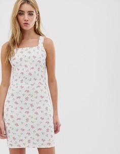 Платье на бретельках с квадратным вырезом и цветочным принтом в винтажном стиле Daisy Street - Белый