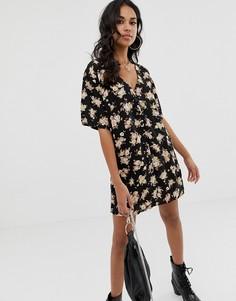 Платье мини на пуговицах с цветочным принтом Motel - Черный
