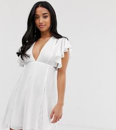 Платье мини с кружевными вставками годе ASOS DESIGN Petite - Белый