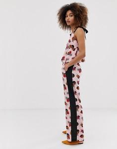 Широкие брюки с цветочным принтом и полосой по бокам Neon Rose - Розовый
