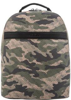 Рюкзак камуфляжной расцветки с монограммой бренда Guess