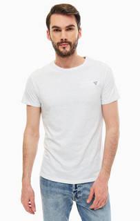 Белая хлопкова футболка Guess