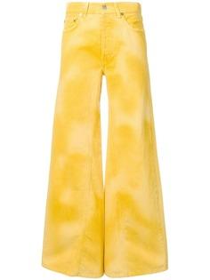 Ganni расклешенные джинсы