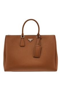 Коричневая кожаная сумка Prada Galleria