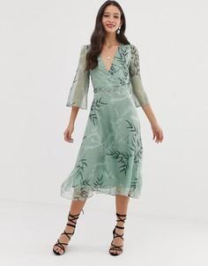 Платье миди с принтом листьев Liquorish - Зеленый