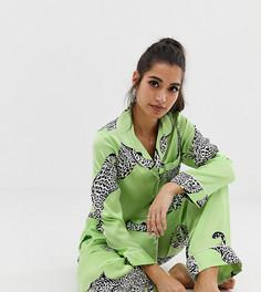 Атласные пижамные брюки с принтом гепардов ASOS DESIGN Petite - Зеленый