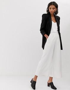 Комбинируемые брюки в тонкую полоску с широкими штанинами Y.A.S Liva - Белый