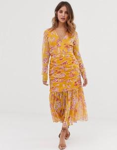 Присборенное платье миди с плиссированной кромкой Stevie May Flourishing - Оранжевый
