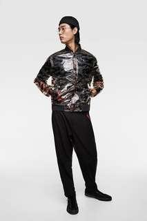 Прозрачный бомбер с камуфляжным принтом Zara