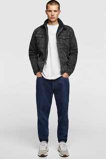 Джинсовая куртка с отделкой из искусственной овчины Zara