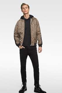 Куртка-бомбер с леопардовым принтом Zara