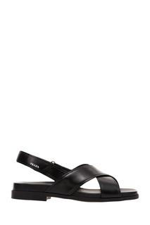 Черные сандалии из глянцевой кожи Prada