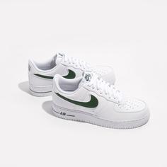 Кроссовки Nike Air Force 1 07 3