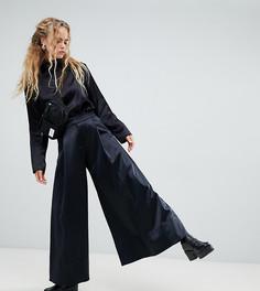 Черные атласные строгие брюки-трапеция Weekday - Черный