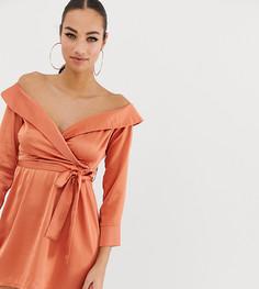 Атласное платье миди персикового цвета с открытыми плечами Missguided - Розовый