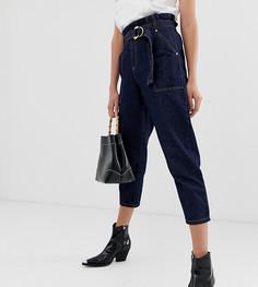 Темные джинсы в винтажном стиле с присборенным поясом и контрастной строчкой River Island - Синий