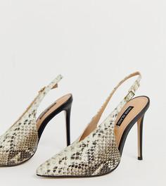 Кожаные туфли на каблуке с ремешком через пятку и змеиным принтом River Island - Серый