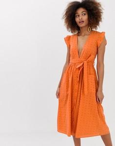 Платье макси с глубоким вырезом, поясом и вышивкой ришелье Neon Rose - Оранжевый