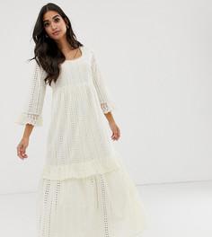 Свободное платье макси с вышивкой ришелье Vero Moda Petite - Кремовый