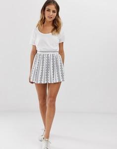 Короткая расклешенная юбка с вышивкой Parisian - Белый