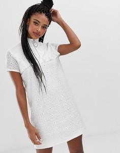 Свободное платье с оборками и вышивкой Daisy Street - Белый