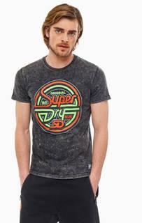 Футболка Серая хлопковая футболка с ярким принтом Superdry