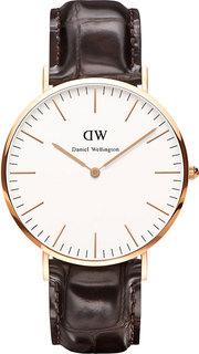 Мужские часы в коллекции Classic Мужские часы Daniel Wellington DW00100011