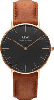 Женские часы в коллекции Classic Black Женские часы Daniel Wellington DW00100138