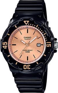 Японские женские часы в коллекции Collection Женские часы Casio LRW-200H-9E2VEF