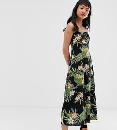 Платье макси на бретельках с тропическим принтом ASOS DESIGN Petite - Мульти
